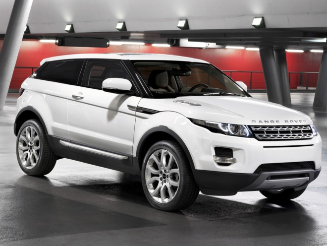 rent a 4x4 range rover evoque in cannes with easy car booking car rentals car hire rent a car. Black Bedroom Furniture Sets. Home Design Ideas