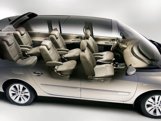 louez une renault espace nice avec easy car booking. Black Bedroom Furniture Sets. Home Design Ideas